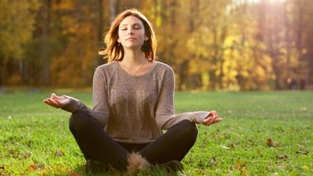 静かに瞑想する時間を作る