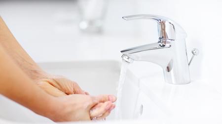 除菌・抗菌グッズしか使えない 手を洗う