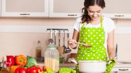 料理を丁寧に作る