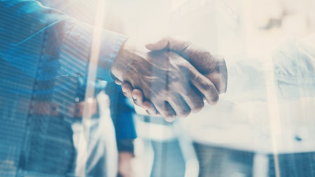 未来の信頼関係に投資する