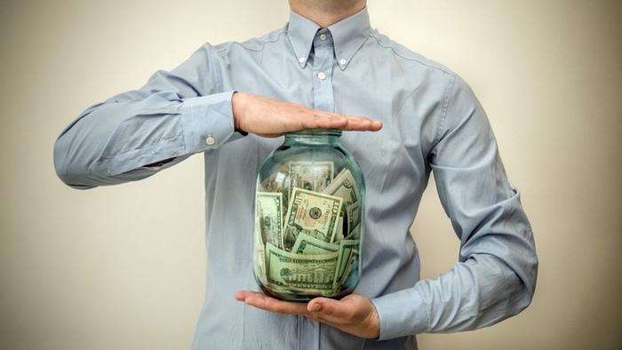 将来への備えを用意しておきたい!収入の一部は堅実に貯金