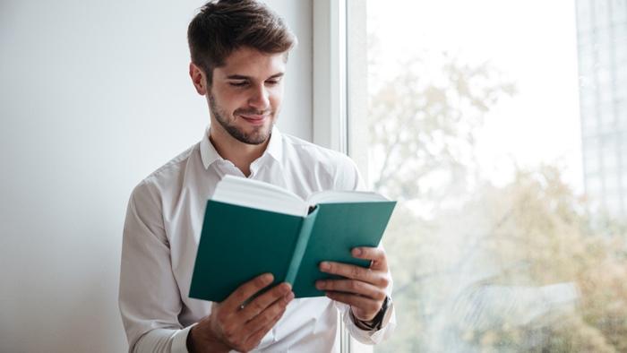 本から学べる人生の何かがある!本を読む