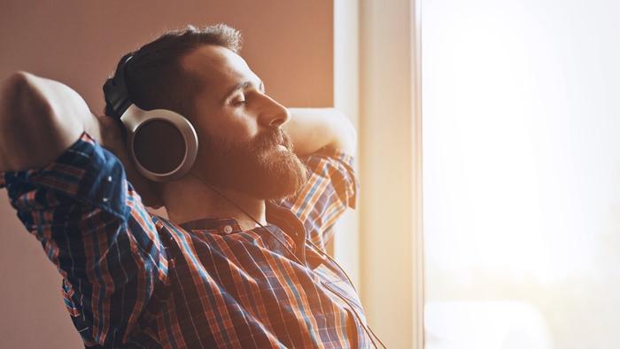 ヘッドフォンを買って良質な音楽時間を。