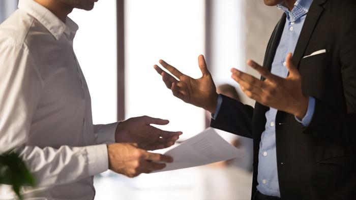 仕事で上司と衝突する原因になりやすい