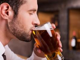 あえて「ひとり飲み」で夜の時間を楽しむコツ!案外いいかも