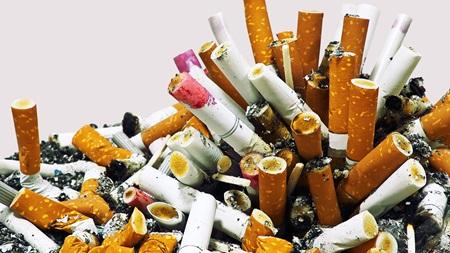 タバコを吸う 吸い方