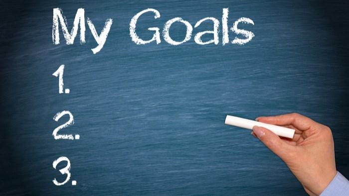 目標を持たないから比べる