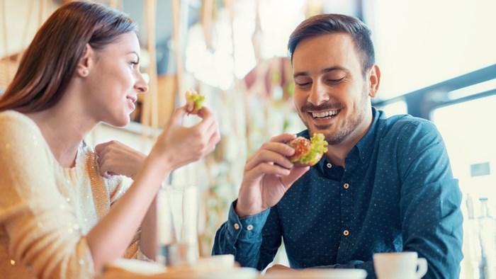 デート時の食事代は割り勘?それとも彼氏持ち?